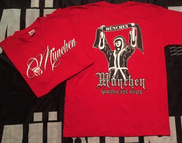 """T-Shirt """"MÜNCHEN KÄMPFEN UND SIEGEN"""" Das neue München T-Shirt """"KÄMPFEN UND SIEGEN"""" in rot bekommt Ihr in den Größen S bis 5 XL Auf dem Bild seht Ihr links die Vorderseite und rechts die Rückseite. Material 100% Cotton Baumwoll"""