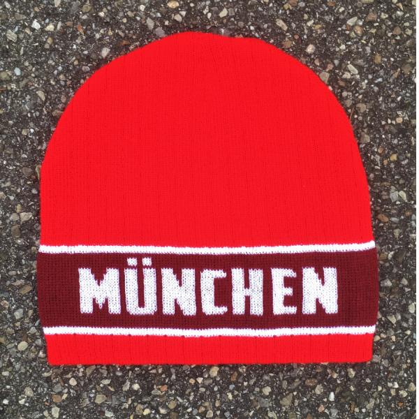 München Mütze rot-weiß-bordeaux Die neue München Mütze rot weiß bordeaux bekommt ihr nur bei uns. Einheitegröße, Material 100 % Polyacryl